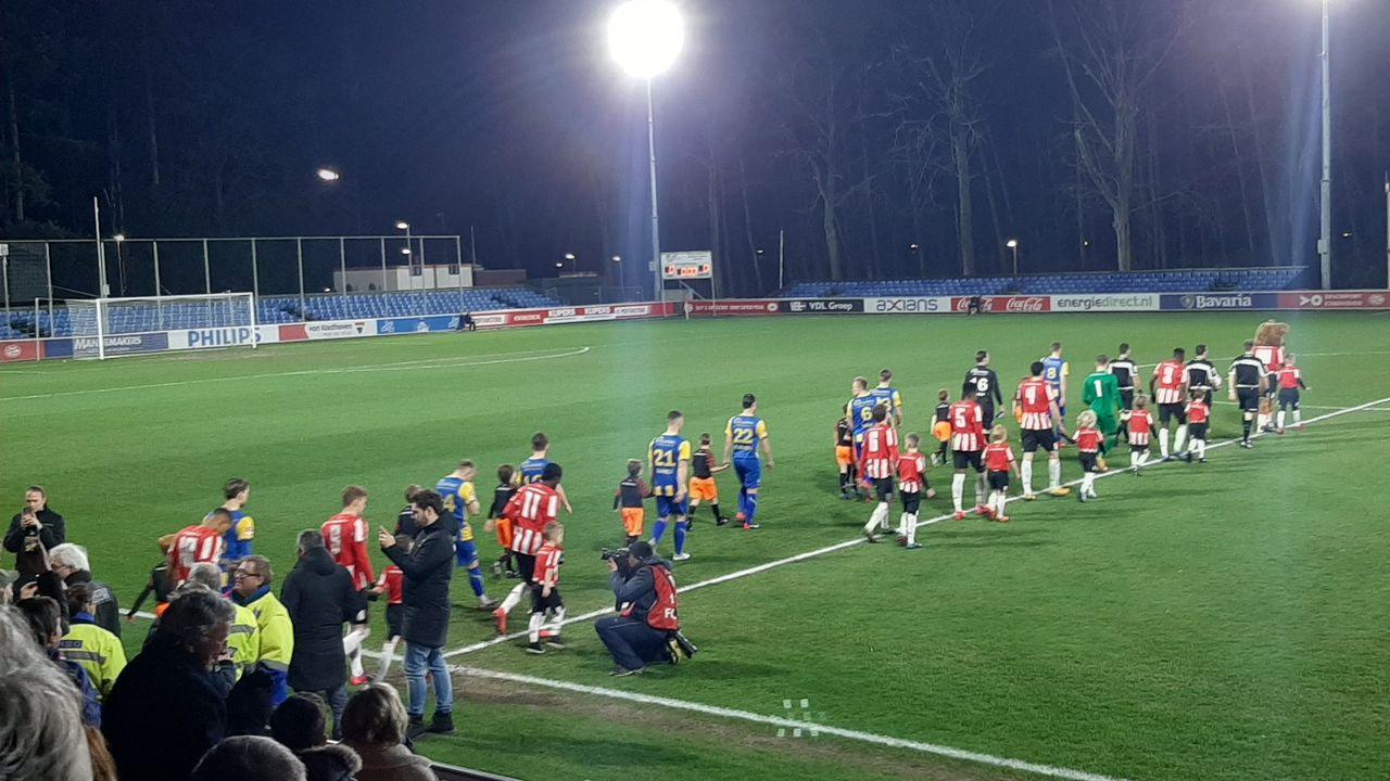Wedstrijd TOP Oss verplaatst naar 3 mei vanwege corona bij tegenstander Jong PSV
