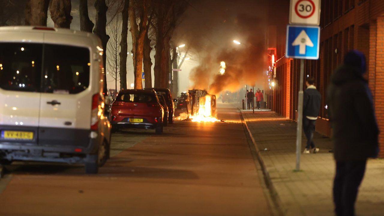 Verdachten van ongeregeldheden oud en nieuw in Graafsewijk op tv