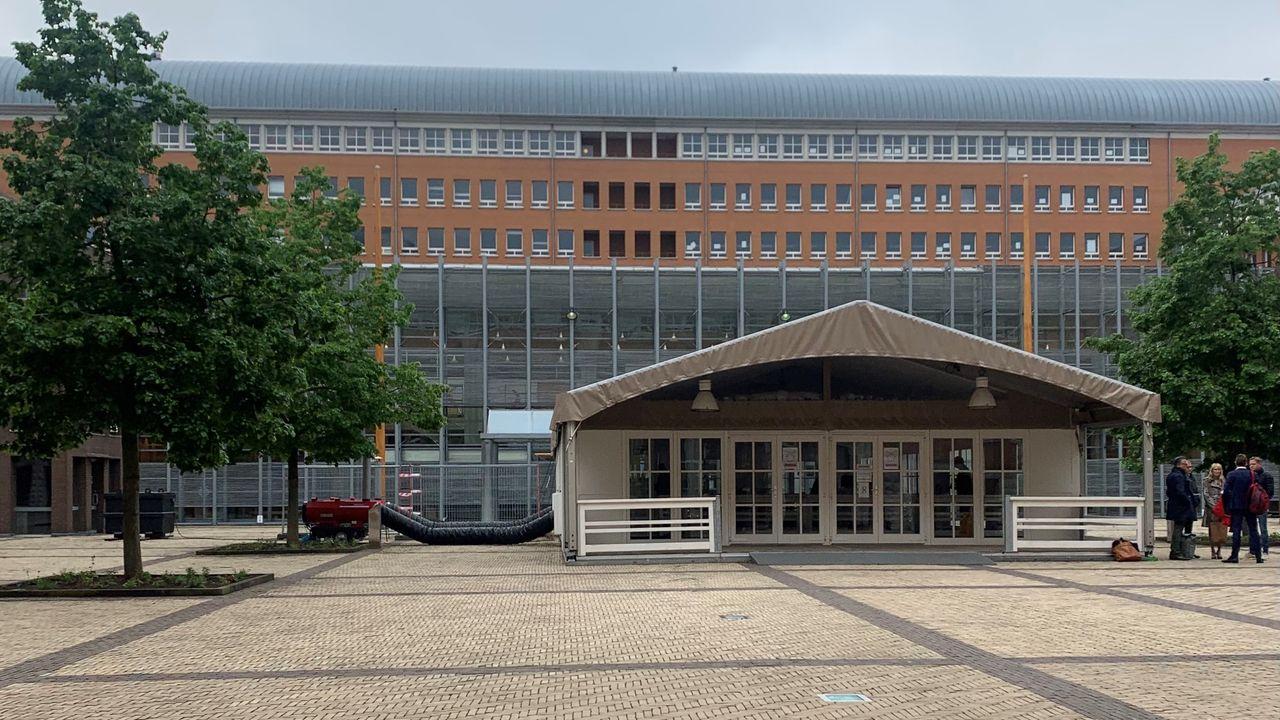 Hagenaar veroordeeld tot 1,5 jaar cel voor onttrekken aan ouderlijk gezag en ontucht met Celine (15) uit Berghem