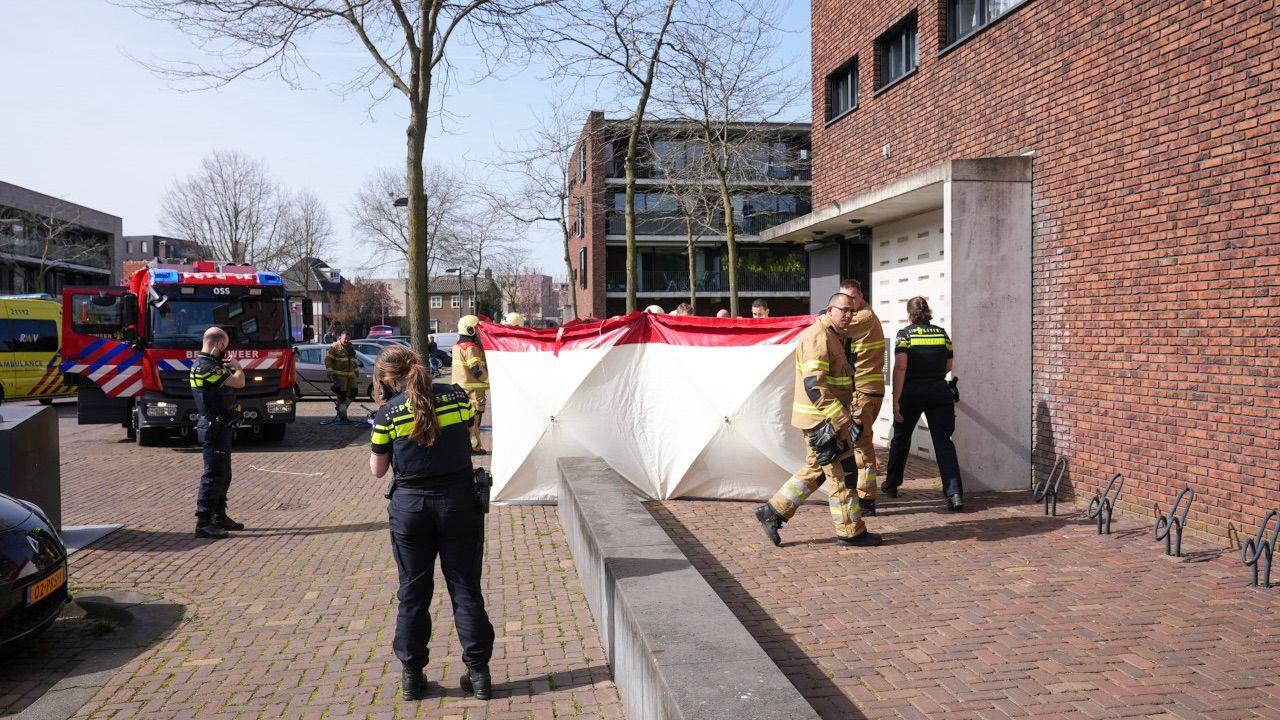 Man gewond bij brand in woning Karel Doormanstraat Oss