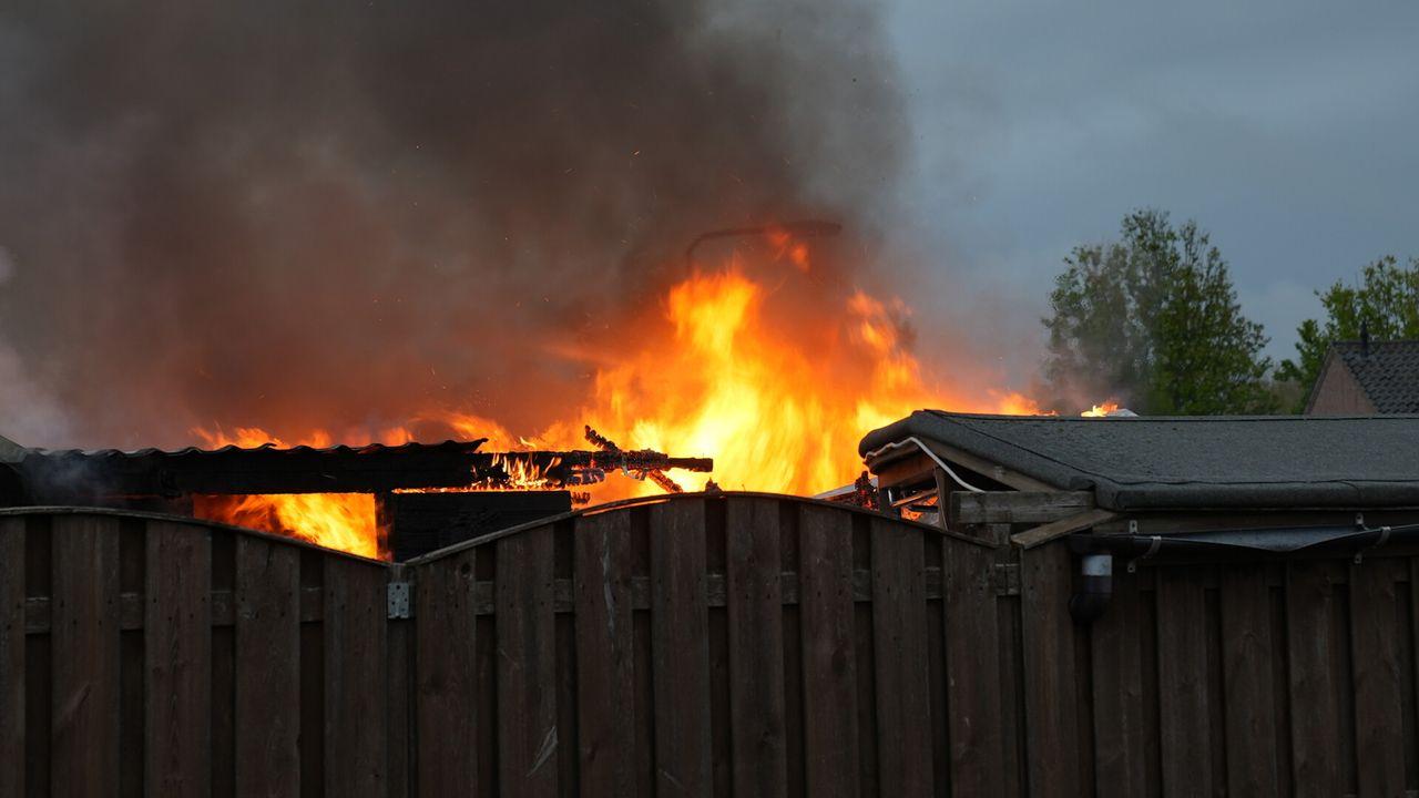 Schuur in brand aan Industriepark Oost in Oss