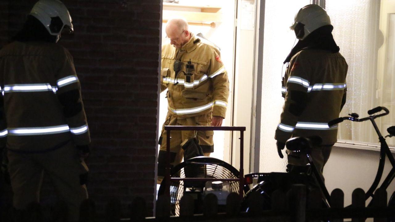 Bewoner slaat gasleiding van de muur en veroorzaakt gaslek