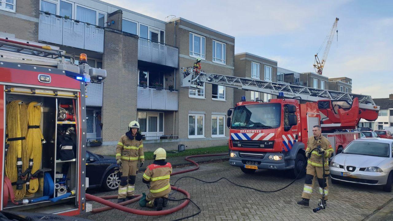 Keuken uitgebrand in woning Händelstraat Den Bosch