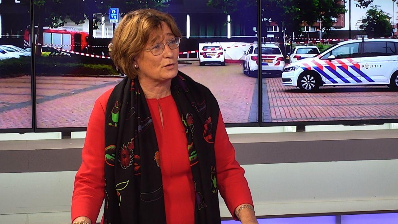 Burgemeester Buijs over reactie op zelfmoord Arie den Dekker: 'Te veel laten leiden door teksten op social media'