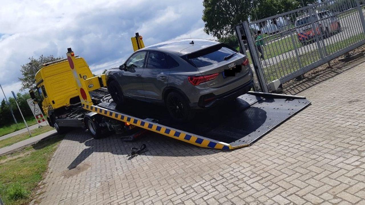Vijf aanhoudingen en auto's in beslag genomen bij vondst hennepkwekerij in Nuland