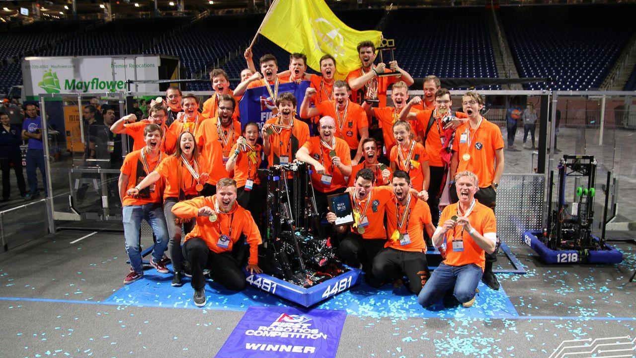 Dtv Nieuws - Veghelse scholieren wereldkampioen robot bouwen