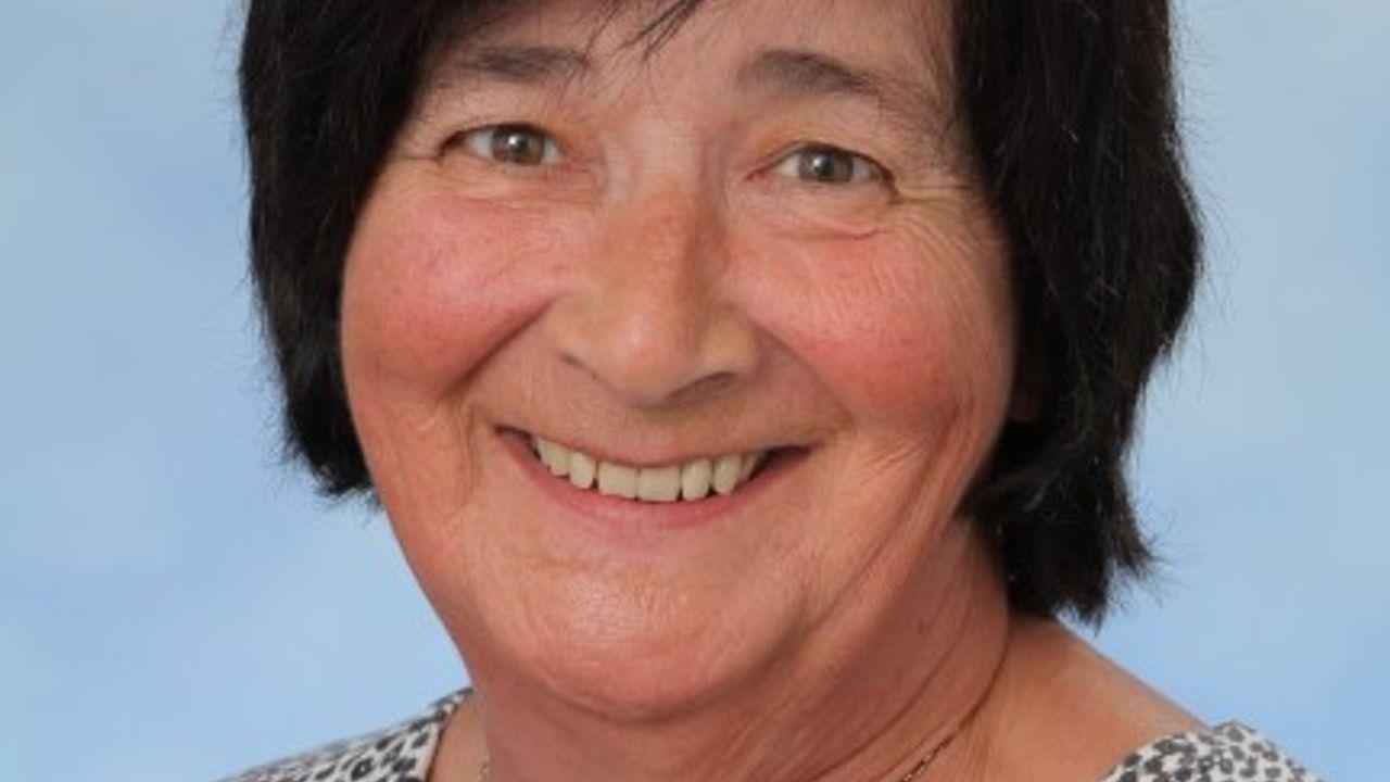 Collega van Het Titus Brandsmalyceum in Oss neemt na 47 jaar afscheid