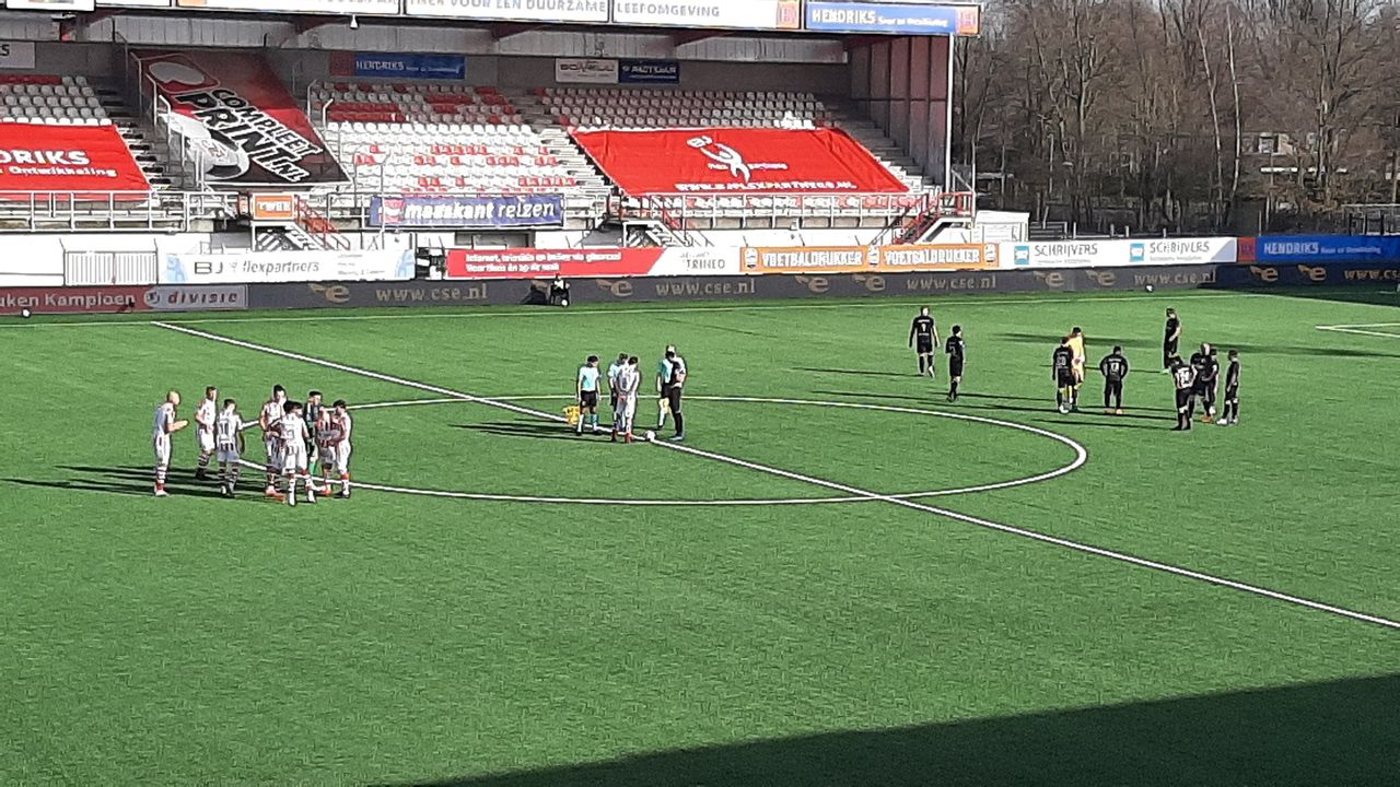 TOP Oss na matige eerste helft na rust dichtbij punt tegen Almere City