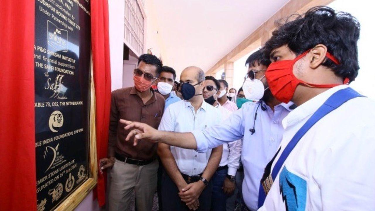 Oss' Monopolyspel levert derde school in India op
