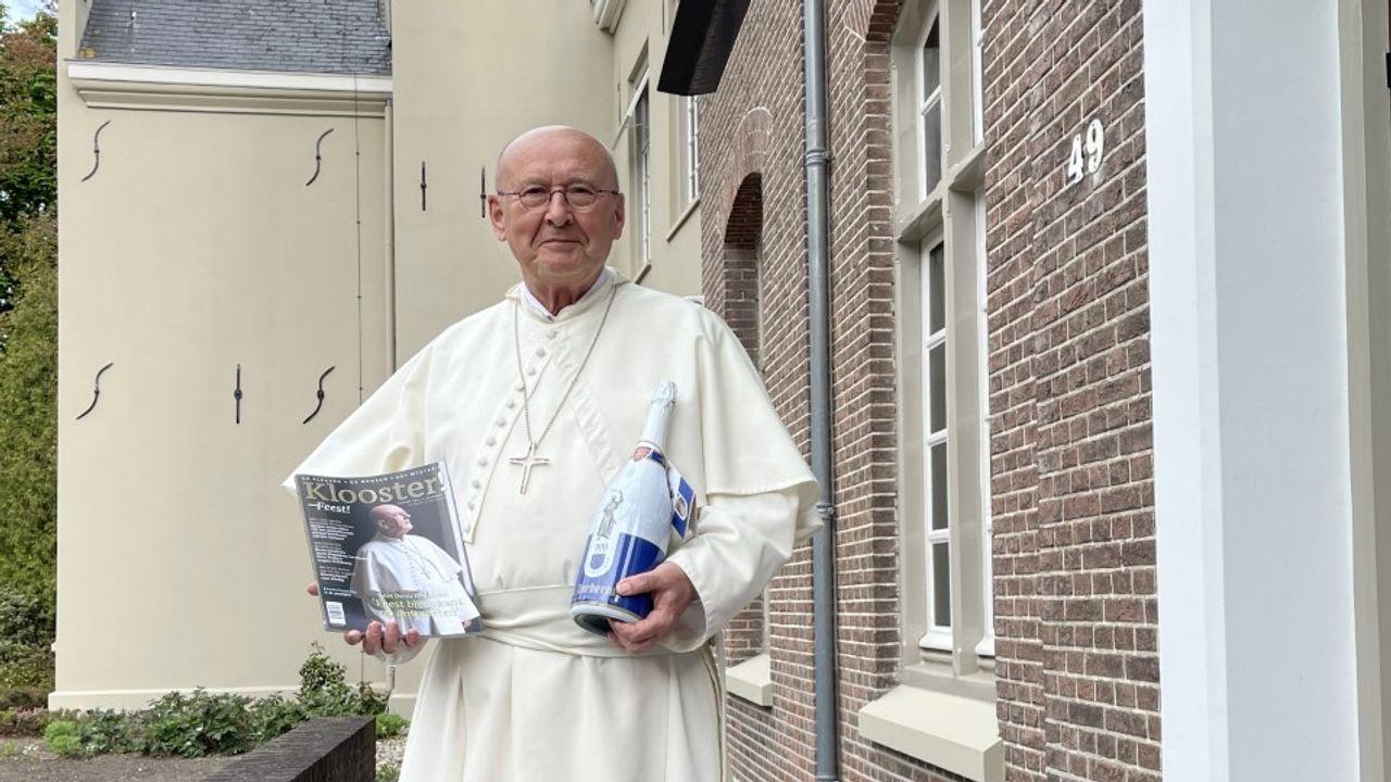 Norbertijnen Heeswijk-Dinther presenteren 'glossy' en een jubileumbier