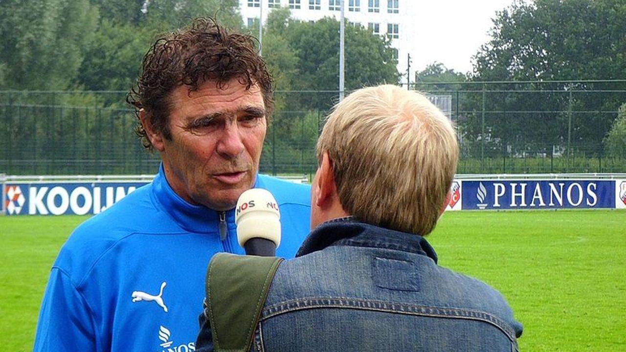 Willem van Hanegem in 2020 op toneel De Lievekamp