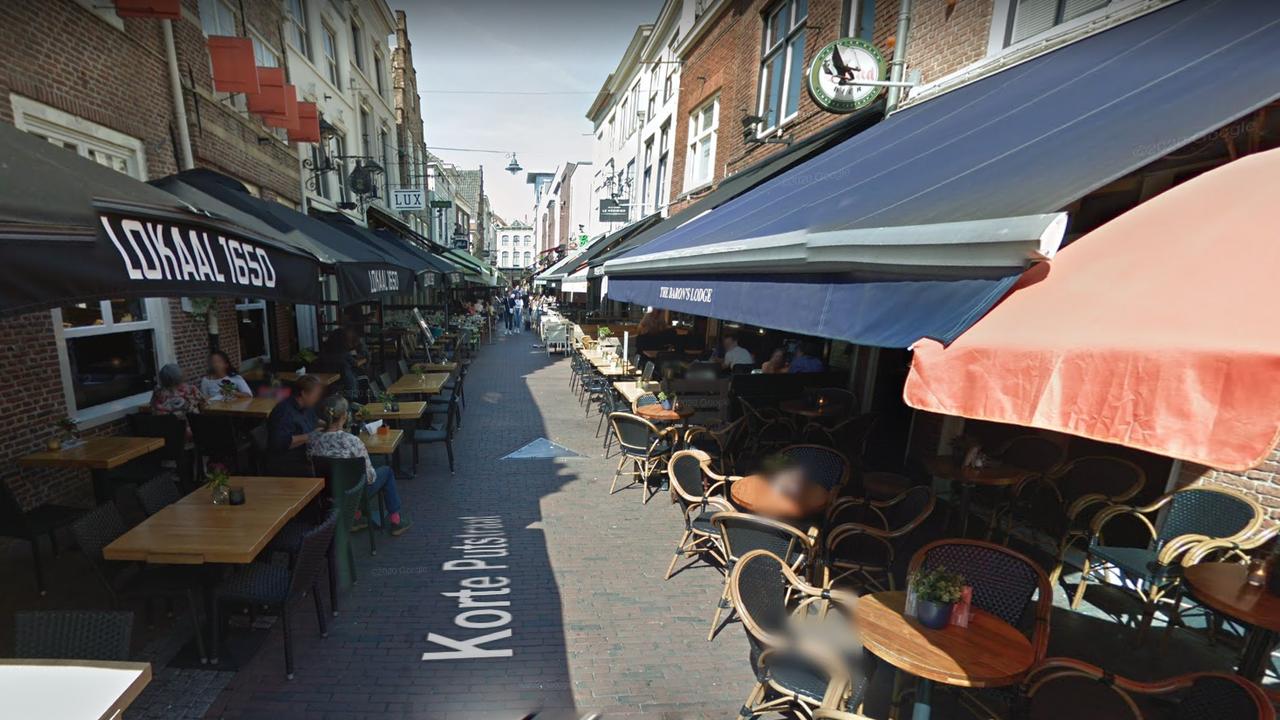Geen boete ondernemers Korte Putstraat, OM geeft alleen waarschuwing
