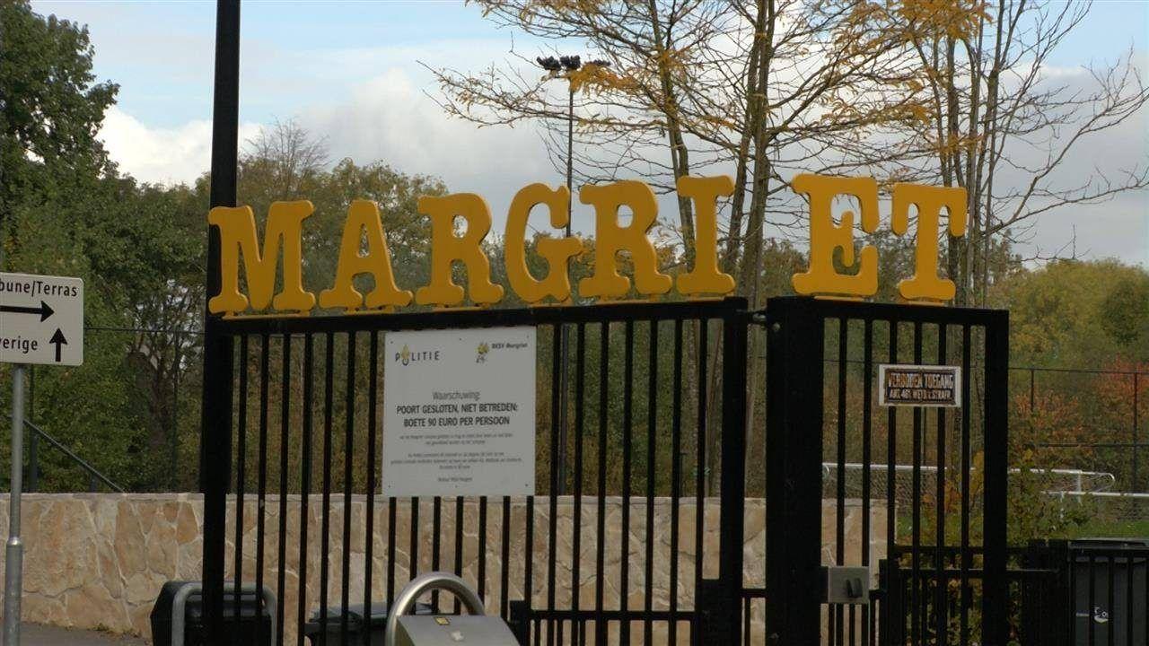 Voetbalclub Margriet niet blij met 'wildvoetballers'