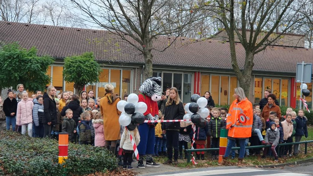 Zebrapad De Kiem officieel geopend