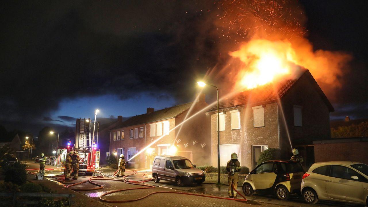 Uitslaande brand in woning Berghem