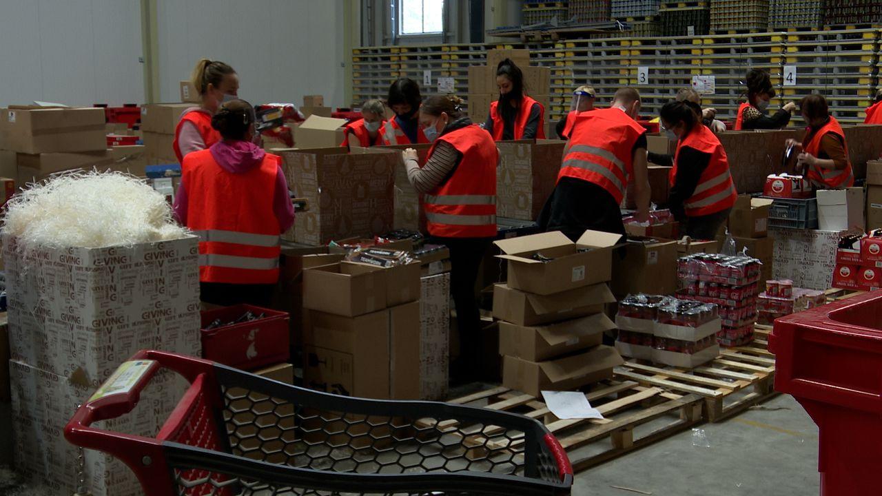 Kerstpakketten vliegen de deur uit in Uden: 'het is méga dit jaar'
