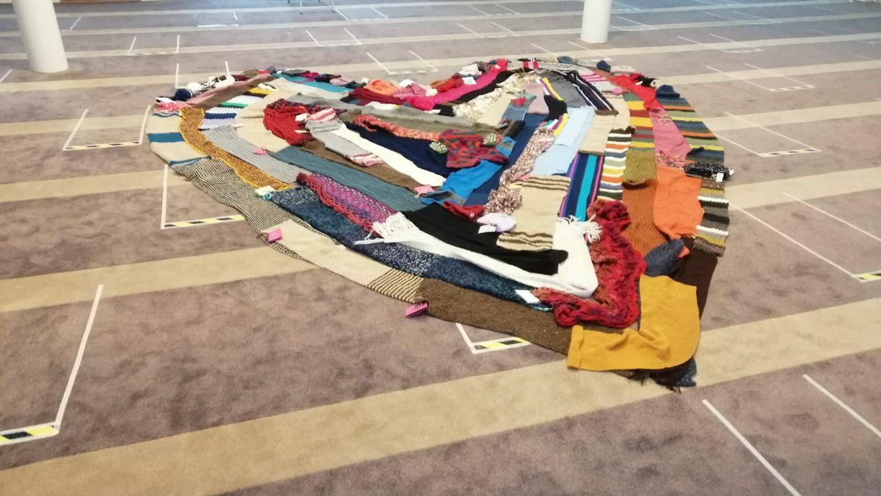 Hart van wol op vloer van Bossche moskee