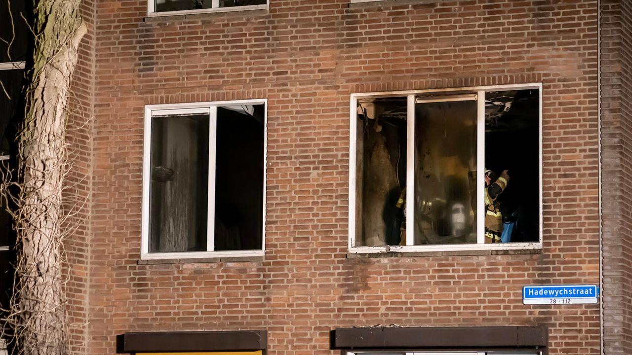 Flatwoning uitgebrand in Hadewychstraat in Den Bosch