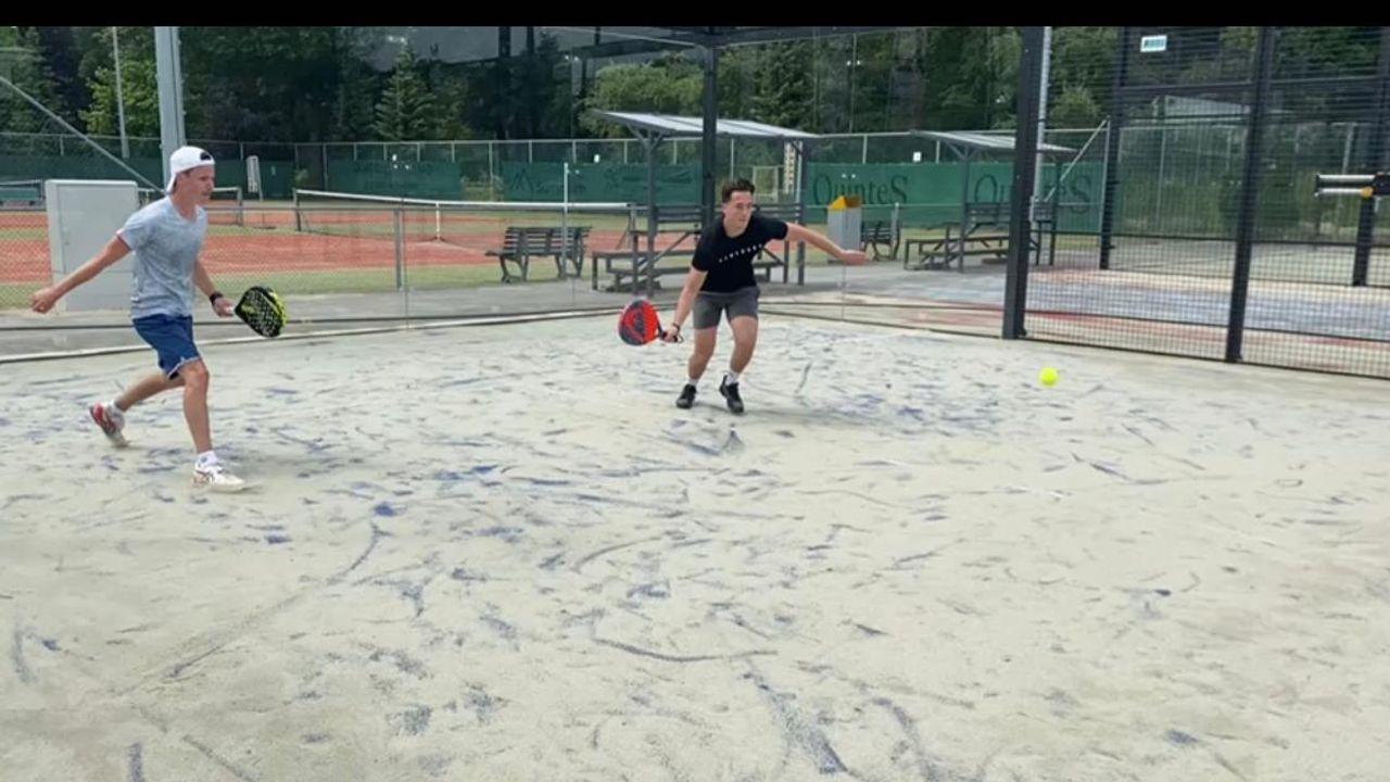 De vloer is aangebracht, padelbanen tennisvereniging LTC zijn klaar voor gebruik