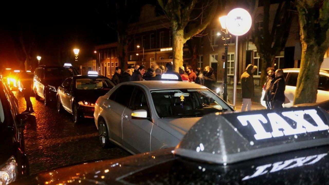 PvdA en SP bezorgd over Bossche taximarkt