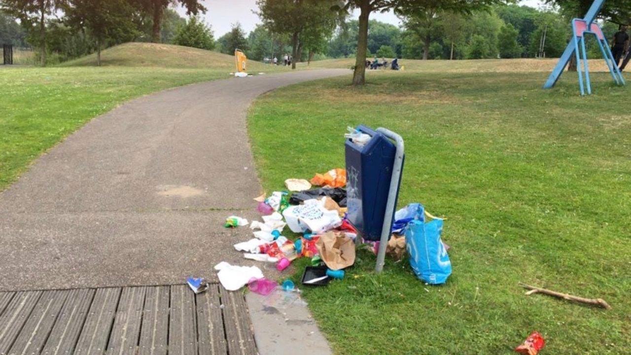 Extra ruimte voor vuilniszakken in Bossche stadsparken