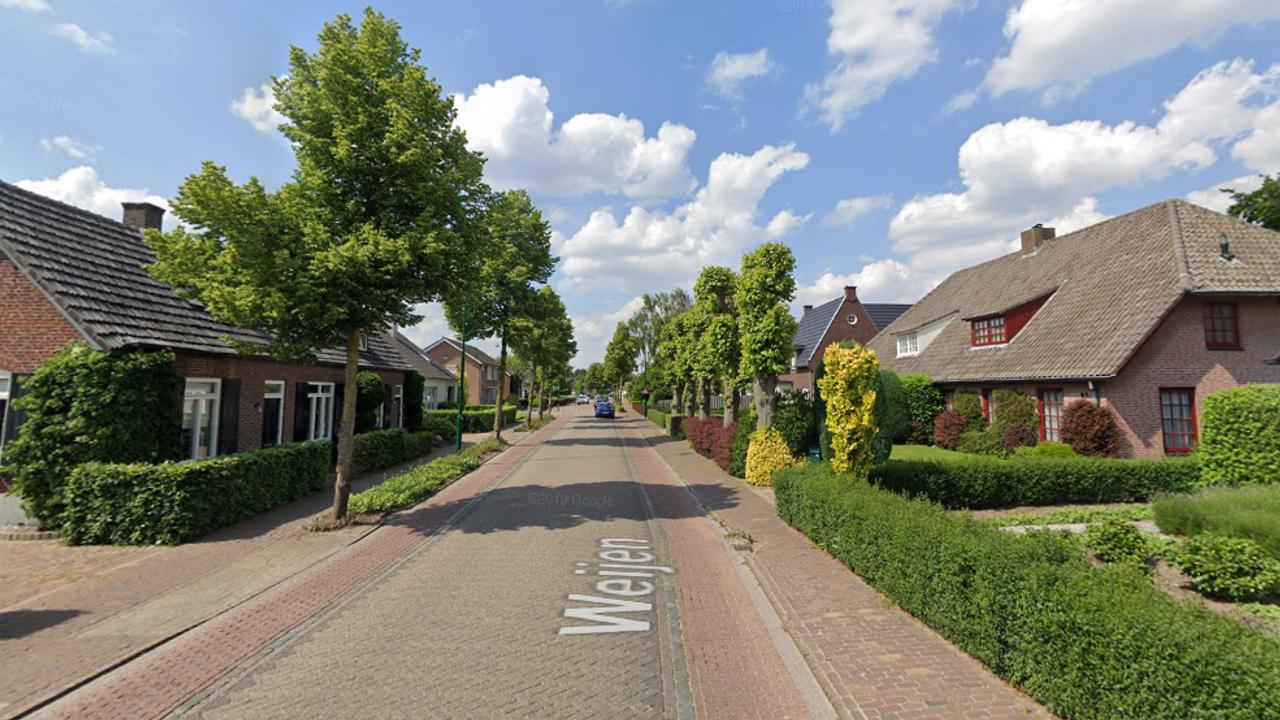 Piepjonge motocrosser negeert stopteken in Nistelrode