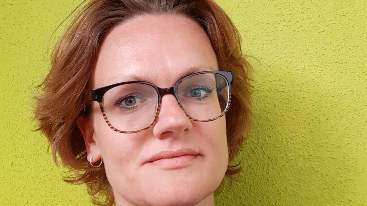 """Linda (38) uit Oss: """"Ik vind thuisonderwijs geven heel erg pittig"""""""