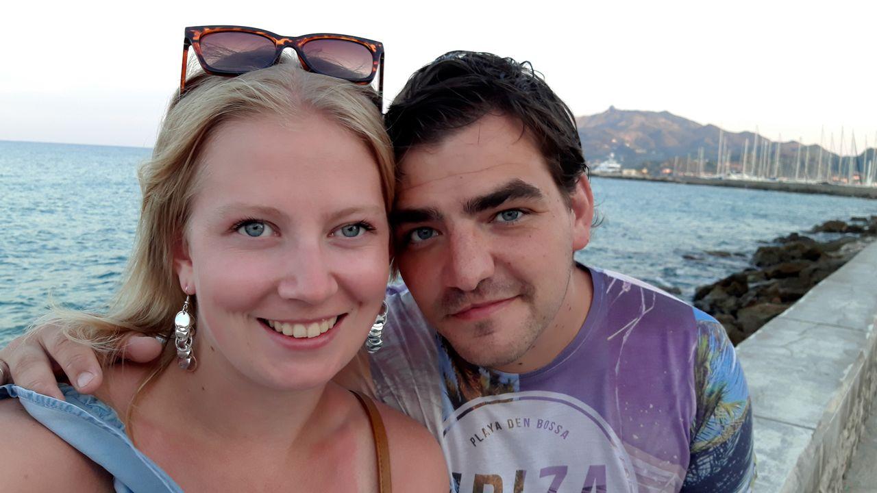 Ossenaar Jeroen van Tol verloor zijn vriendin door telefoongebruik in het verkeer: 'Haar dood had voorkomen kunnen worden'