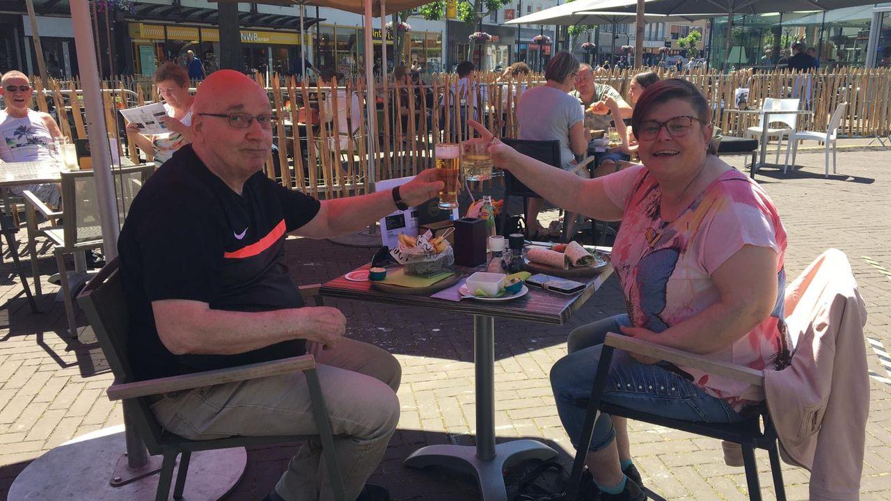 Terrassen in de regio zijn weer geopend, blijdschap bij horeca en gasten