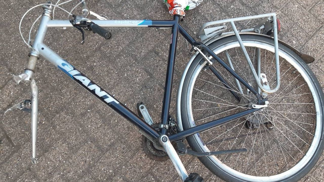 Politie pakt mogelijke fietsendief op na vondst fietsonderdelen in Heesch