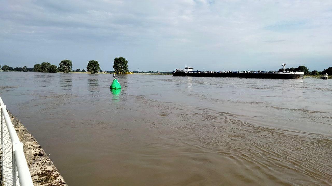 Hoogwater bereikt ook onze regio, steeds meer dijken afgesloten