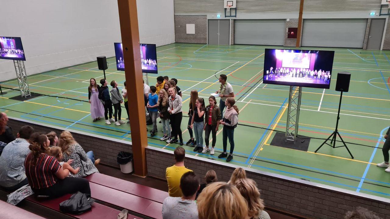 Ondanks voorspelde regen kan publiek musical Hertogin Johanna alsnog bewonderen