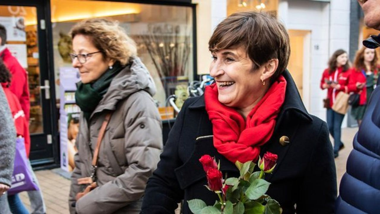 Wie moet Asscher opvolgen bij de PvdA? Lokale kopstukken spreken zich uit