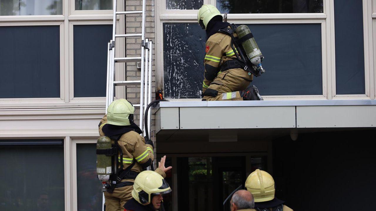 Brand in kozijn in appartement Uden