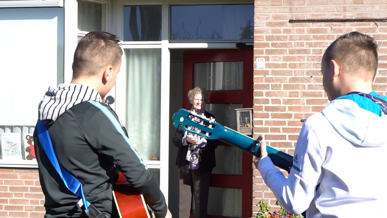 Persoonlijke Bergse serenades voor ouderen