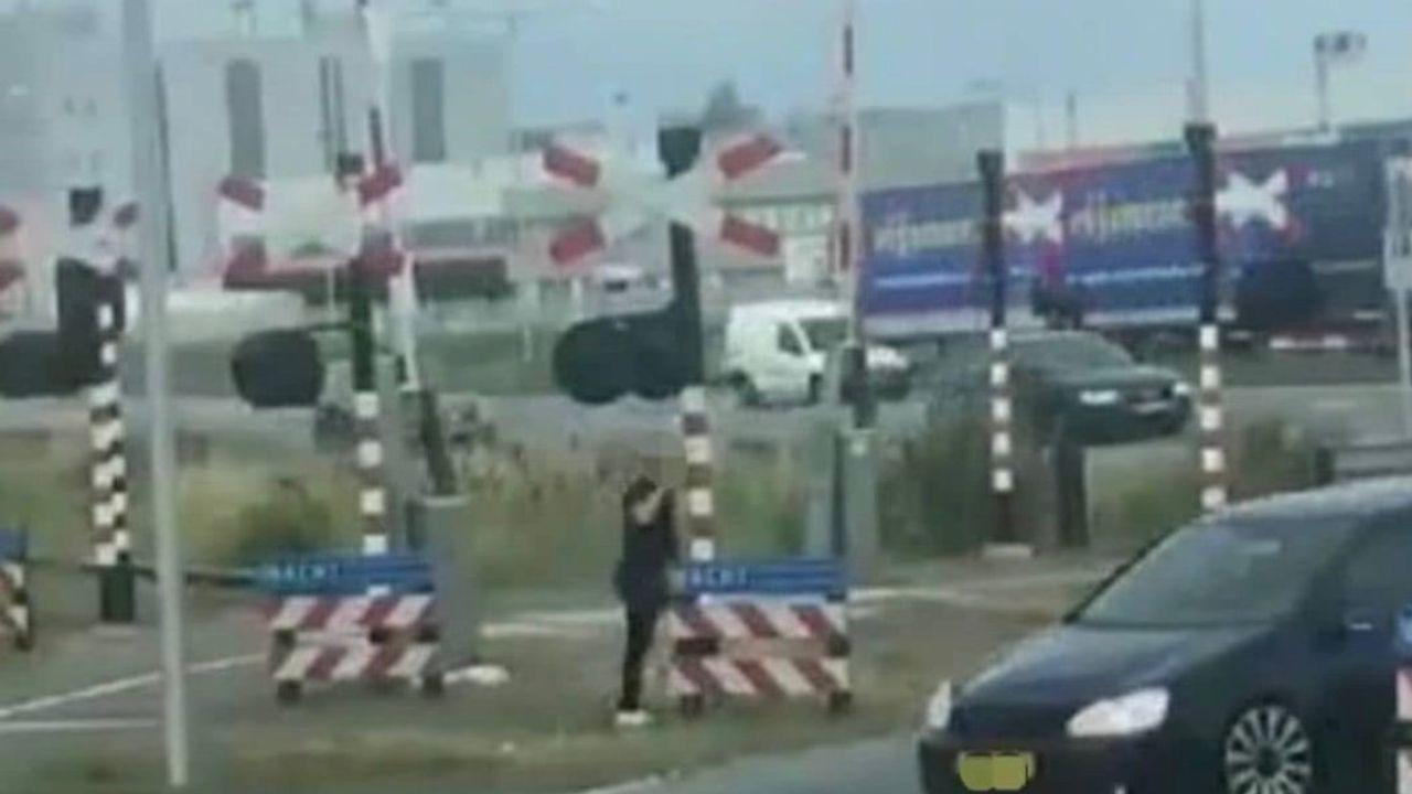Politie Maasland kijkt steeds meer online voor hulp bij oplossen incidenten