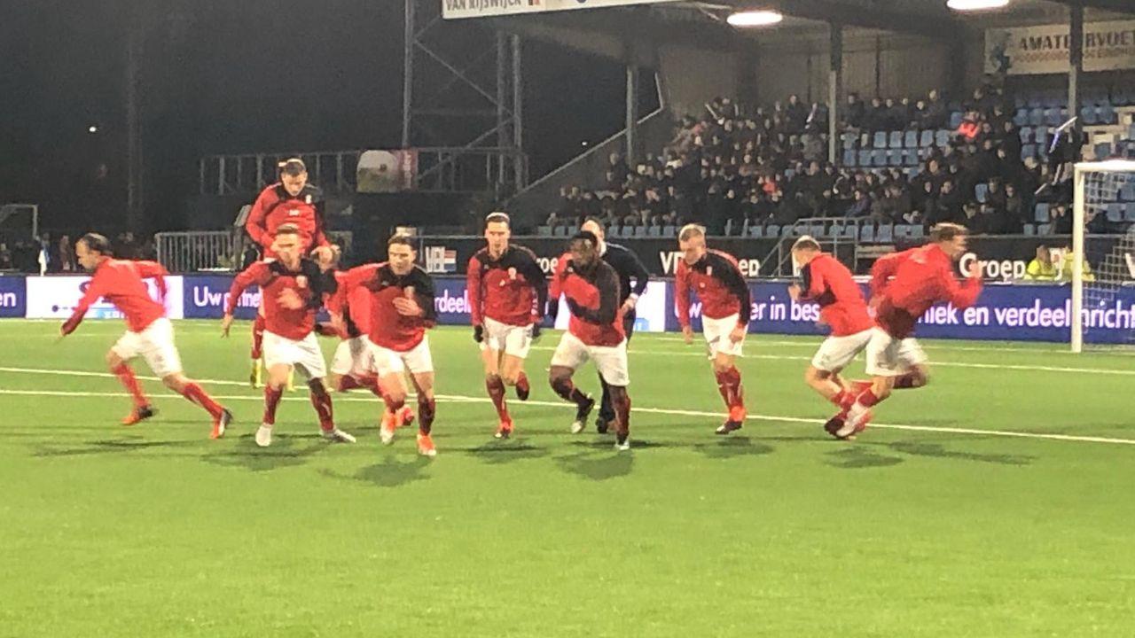 TOP geeft 2-0 voorsprong in laatste minuten weg