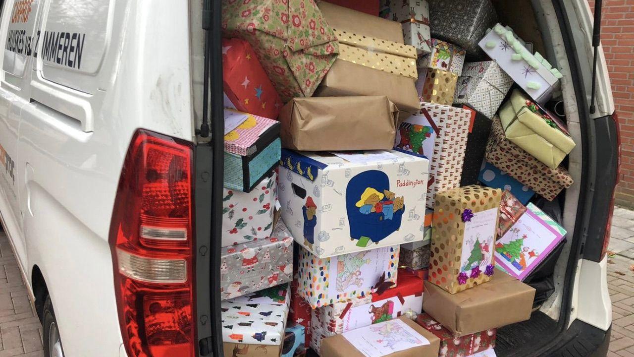 Osse leerlingen zamelen 500 kerstdozen in voor minder bedeelde kinderen