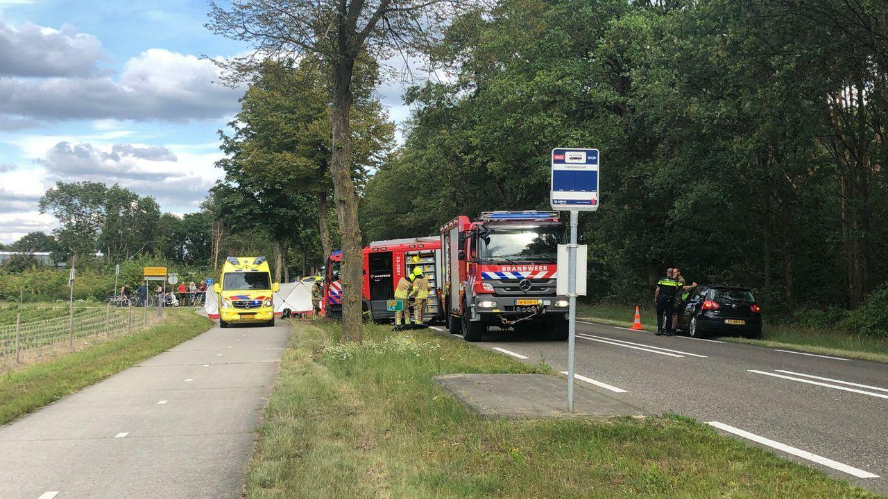Ook bijrijdster uit Uden overlijdt aan verwondingen na botsing met vrachtwagen