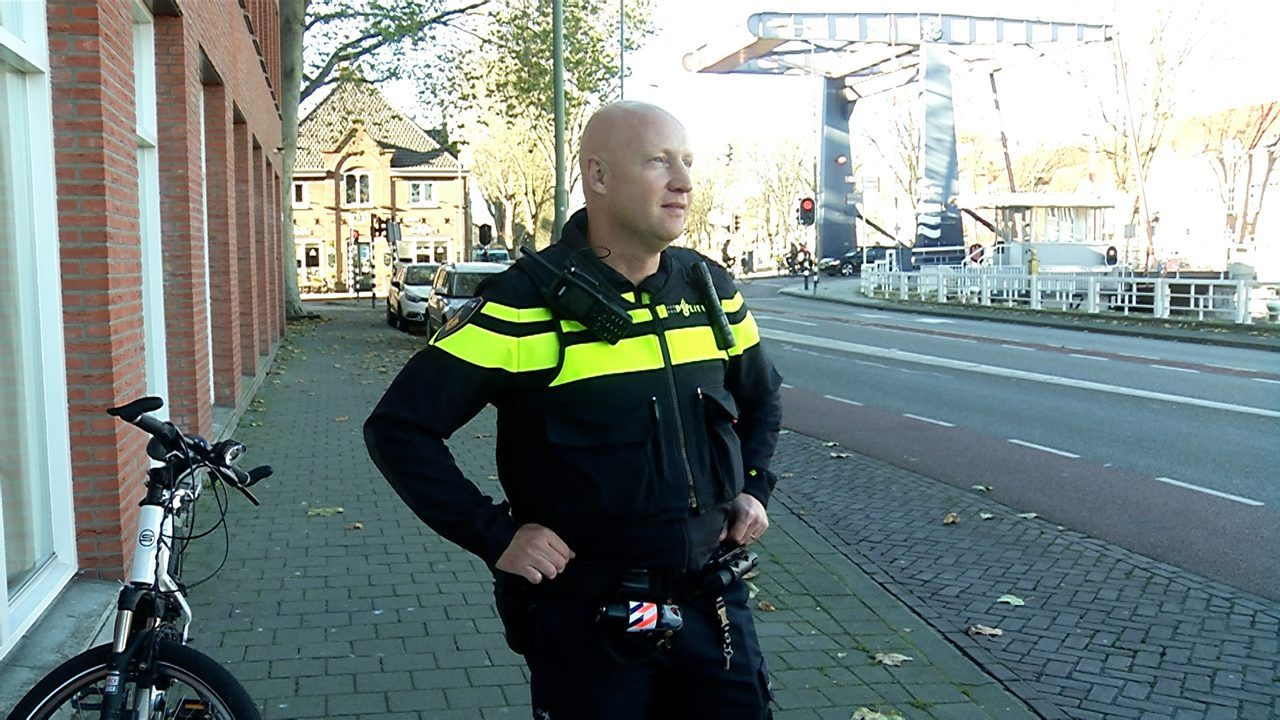 Wijkagent schrijft in centrum Den Bosch zes verbalen uit in 25 minuten tijd