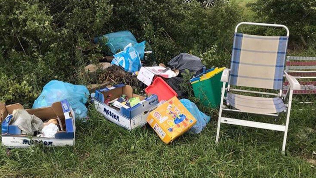 Te veel afval, en dus worden strandjes aan de Maas afgesloten