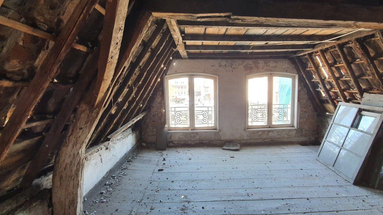 Huis van Bosch bijna klaar, wachten is nog op de lift