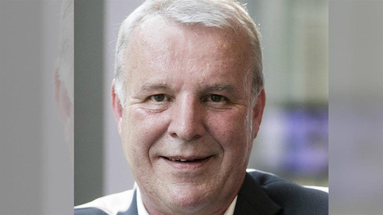 Oud-wethouder Jos van Son (67) uit Rosmalen overleden