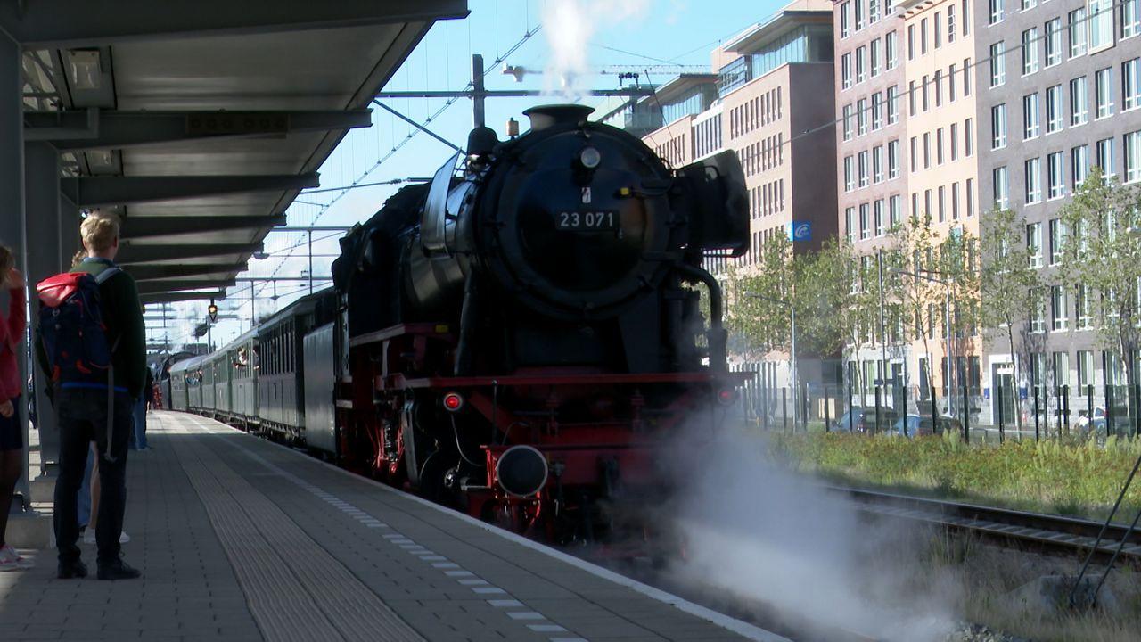 Grootste stoomlocomotief van Europa rijdt dit weekend tussen Den Bosch en Nijmegen