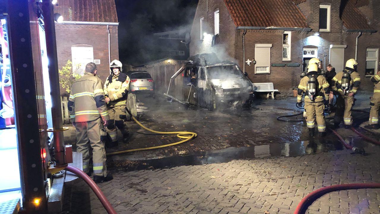 Camper brandt volledig uit in Schijndel, brandstichting niet uitgesloten