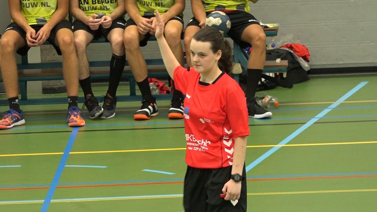 Osse handbalscheidsrechter (19) gaat debuteren in eredivisie
