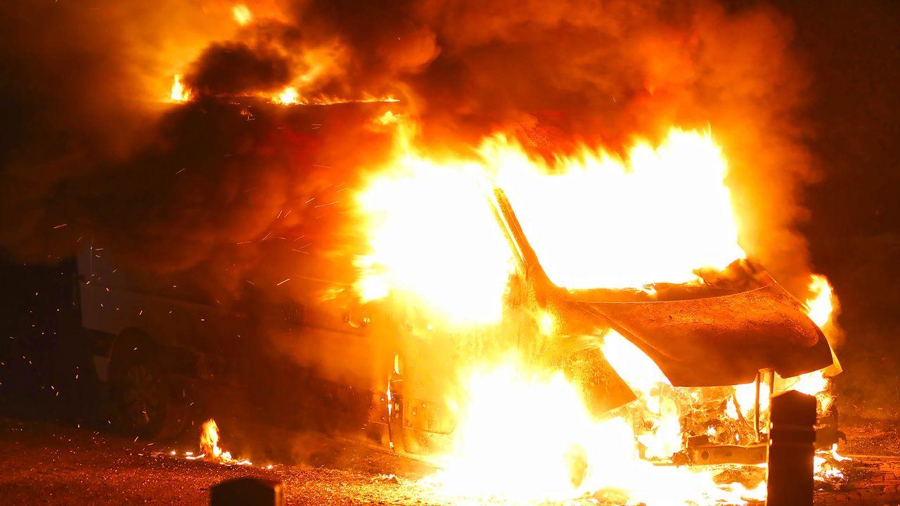 Drie voertuigbranden in Oss en omgeving, oorzaak onbekend