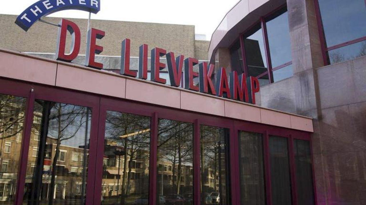 Laatstejaars TBL-leerlingen krijgen les in Theater De Lievekamp