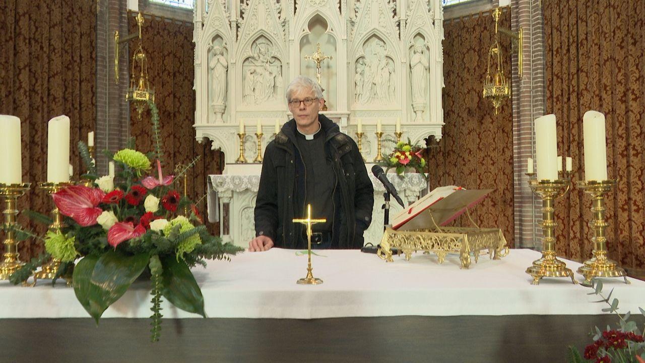 """Nieuwe pastoor in Lith om schwung te brengen: """"Het is een feest om hier binnen te lopen"""""""