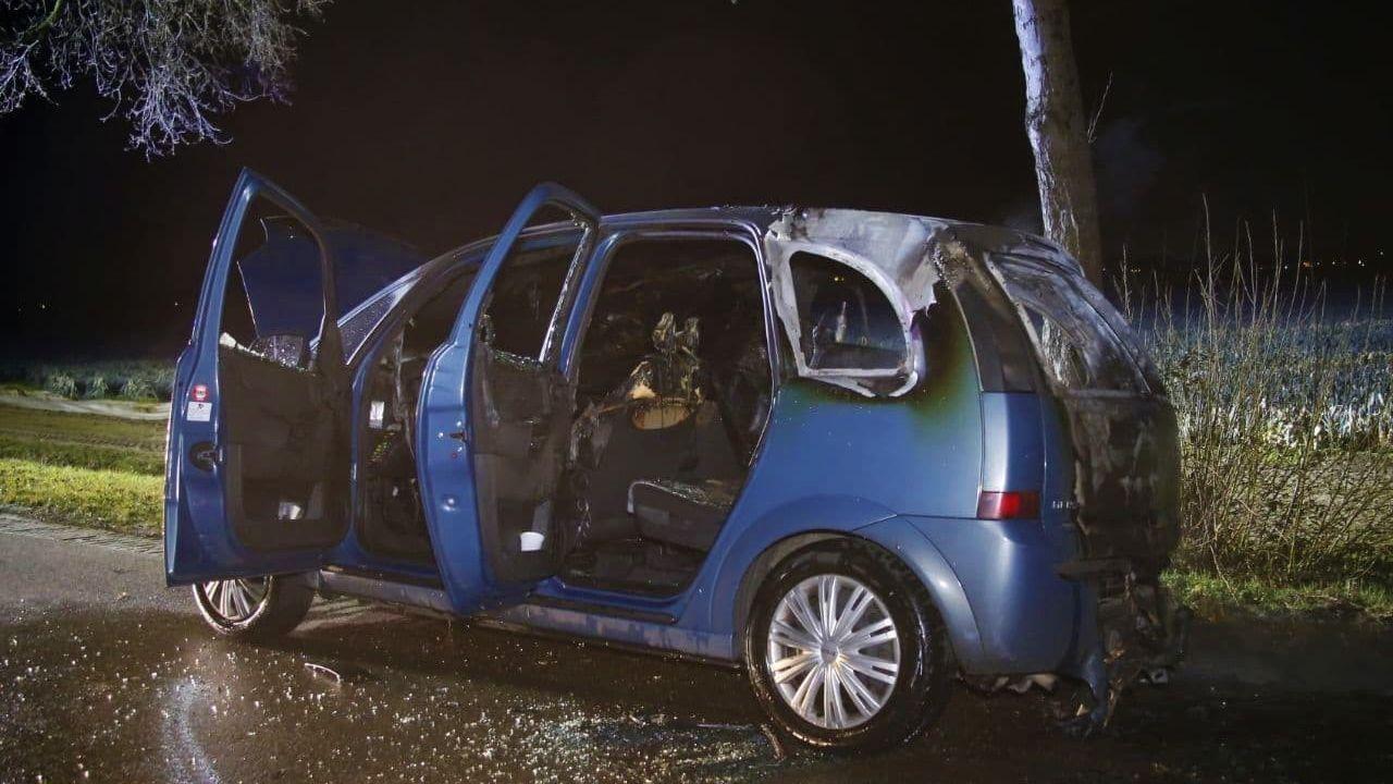 Auto total loss door brand